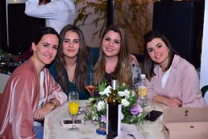 Lucia, Ana Karla, Lucia y Cecy