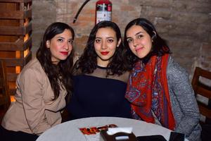 Antonella, Daniela y Alejandra