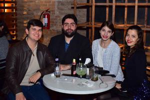 Jesus, Rogelio, Malu y Ana
