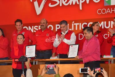 Va en fórmula como secretaria con Olivia Martínez Leyva, por el el período 2019-2021.