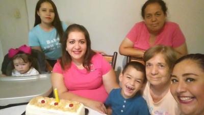 24012019 Familia Flores.