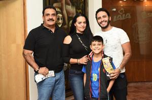 25012019 MUY CONTENTOS.  Familia Diosdado Carrillo.