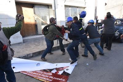 El incidente se presentó durante el mitin de apoyo al presidente de la República, Andrés Manuel López Obrador.