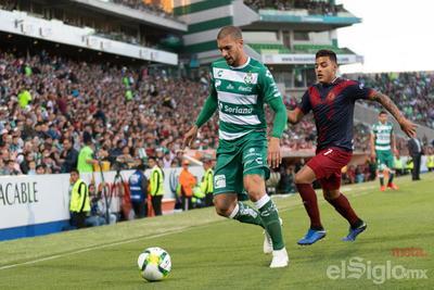 Santos le quita el invicto a Chivas
