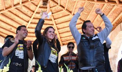 María Guadalupe Oyervides Valdez, secretaria de Turismo y Desarrollo de Pueblos Mágicos del Estado, encabezó el evento.