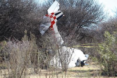 La avioneta se desplomó en las inmediaciones del poblado 5 de Febrero.