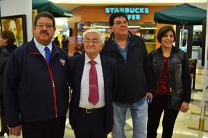 29012019 ADMIRAN EXPO PICTóRICA.  Hermano Carlos, Juan y Silvia con el Hermano Rubén Sámano.
