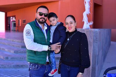Ricardo, Ricardo y Tita.