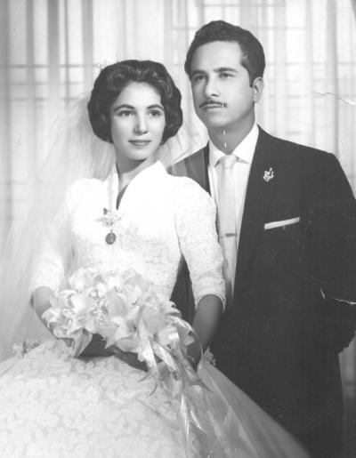 17022019 Teresa López Espino y C.P. Lauro Alonso Márquez el 21 de febrero de 1960.