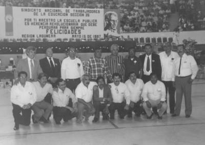17022019 Generación 1966 de egresados de la Esc. Normal de La Laguna, Prof. Federico Hernández Mireles (última generación).