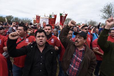 Diversos sindicatos de mineros del país arribaron hasta Coahuila.