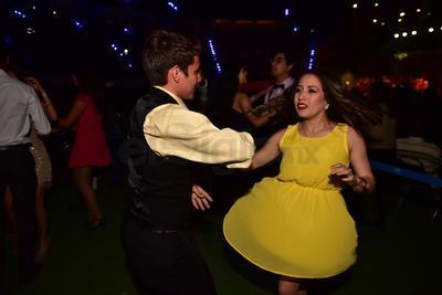 Los Ángeles Azules ponen a bailar a La Laguna