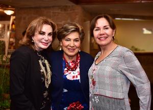 Martha, Chiquis y Bety
