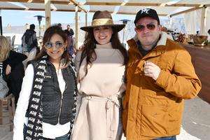 Luisa Mendez de Gonzalez, Marifer Perez y Mario Gonzalez