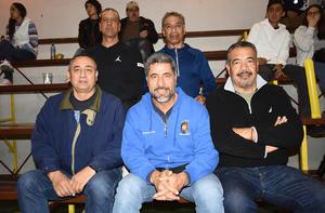 06022019 Equipo Maxibasquet Lobos UAdeC: Chava Flores, Beto Ibarra, Luis Ramos, Enrique Gastaldi y Carlos Cortinas.