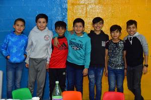 06022019 FIESTA DE CUMPLEAñOS.  Jamil con algunos de sus amigos.