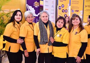 07022019 EN RECIENTE EVENTO.  Yazmín, Rocío, Horte, Maye y Guille.