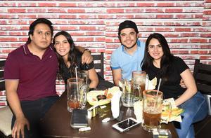 08022019 José Corral, Marisol Salcido, Hugo Chávez y Lulú Luna.