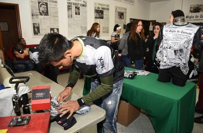 Se dieron cita en las instalaciones de esta casa editora, en pleno centro de Torreón.