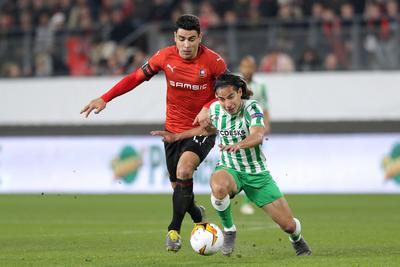 Lainez estrena gol con Real Betis y empata en la Europa League