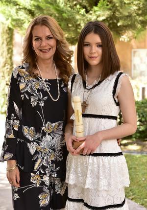 Cristina Romero con su hija, Cristy