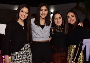 Ximena, Lupita, Natalia y Regina