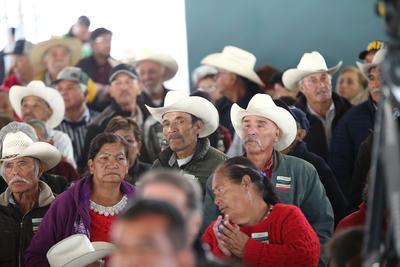 En su discurso, Andrés Manuel López resaltó el hecho de que se acabaron los intermediarios, pues hoy los programas sociales llegan de forma directa a los beneficiarios.