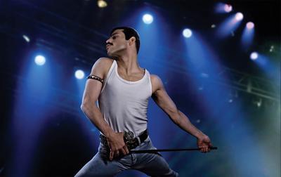 Bohemian Rhapsody, del polémico Bryan Singer, narra el nacimiento de Queen en 1970 y la transformación del adolescente Farrokh Bulsara en el que sería el ídolo de masas e icono gay mundial Freddie Mercury, hasta el mítico concierto Live Aid de 1985. La cinta repasa los principales éxitos del grupo -con la ayuda en la producción de dos de los integrantes de Queen-, desde Somebody to Love o Don't Stop Me Now, pasando por Crazy Little Thing Called Love o We Are the Champions, y desvela cómo fue la creación de Bohemian Rhapsody, el revolucionario tema que cambió sus vidas y la historia del rock. La cinta, que ha sido un gran éxito comercial aunque no ha convencido de la misma forma a la crítica, es posiblemente la que menos opciones tiene de triunfar en esta categoría debido al escándalo que rodea a Singer, acusado de nuevo de abusar sexualmente a menores de edad.