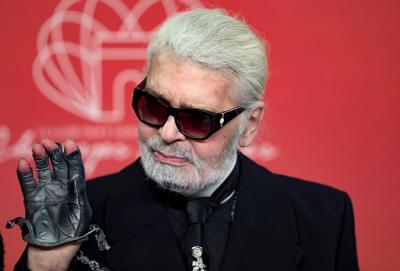 Muere el icónico modisto Karl Lagerfeld a los 85 años