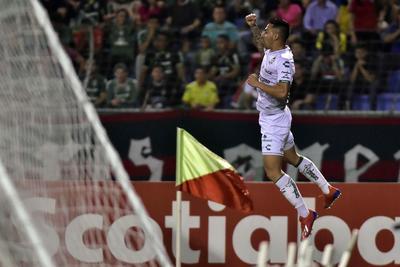 Javier Correa firmó un hat-trick para los Guerreros.