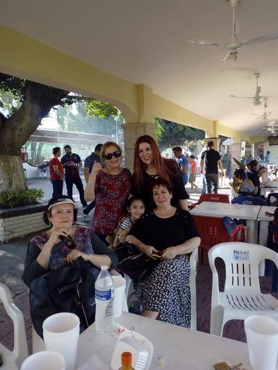 Socorro, Alma, Thelma, Thaly y Bertha