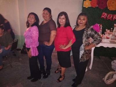 María, Isabel, Dora y María Concepción