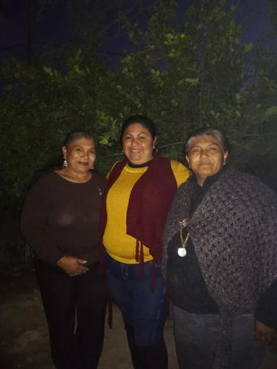 Isabel, María Concepción y Juanita.