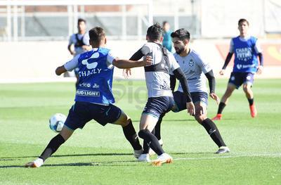 Santos vuelve a los entrenamiento para enfrentar a Toluca
