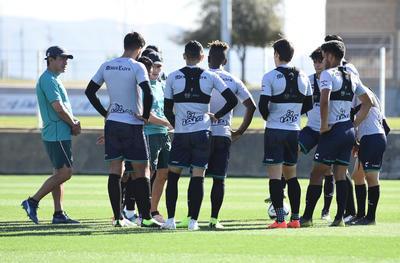 Los Guerreros de Santos Laguna se preparan para enfrentar a Toluca.