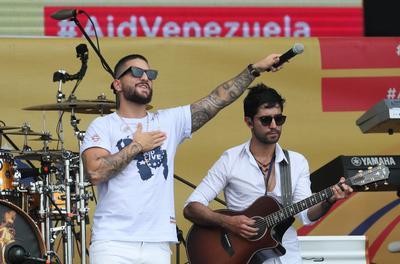 Maluma en el Aid Live por Venezuela.