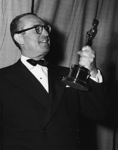 Emile Kuri. Ganó  dos premios Oscar a Mejor diseño de producción, por The Heiress  en 1949 y por Twenty Thousand Leagues Under the Sea  en 1954.