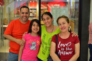 23022019 Anastasio, Sofía, Marielena y Silvia.