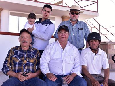Beto, Hugo, Alberto, Fidel, Maxi y Gonzalo