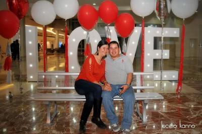 Cynthia y Sergio Pérez.