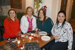 28022019 EN AMENA VELADA.  Liliana, Raquel, Brenda y Silvia.