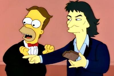 Otro exBeatle en la serie amarilla, George Harrison hizo la aparición cuando Homero contaba a Bart y Lisa que fue un músico galardonado con el Grammy.