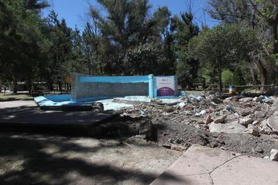 El Siglo de Durango constató que actualmente la obra está abandonada.