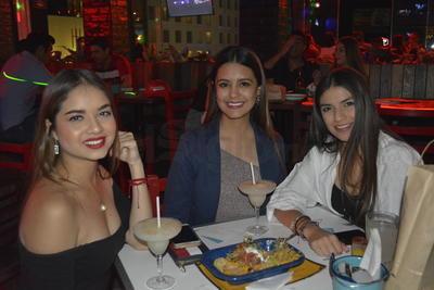 Carolina Gaytán, Alexandra Maldonado y Yovanina Herrera.