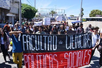 Realizaron una marcha por calles del Centro de Torreón.