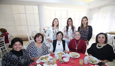 Magda, Yolanda, Bertha, Dilhery, Martina, Mayela, Adriana y Astrid.