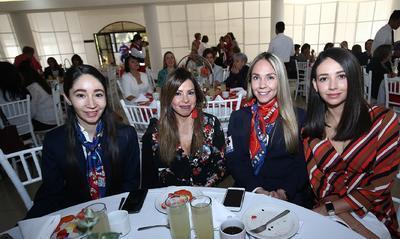 Tere Soto, Lily Salinas, Katy Parra y Estefanía González.