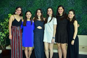 Sofia, Marcela, Arlette, Pilar, Valeria y Andrea