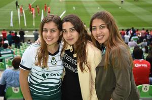01032019 Romina, Ianina y Amina.