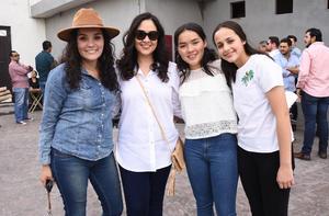 01032019 Selene Castañón, Claudia Ruiz, Samantha Díaz y Andrea Mena.